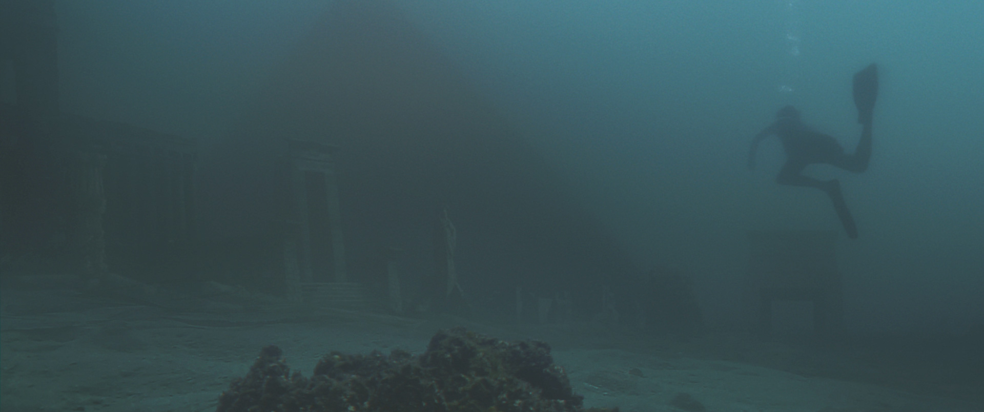 Pino Gengo: The Broken Key - Underwater